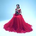 """Thiên thần Bolero"""" Quỳnh Trang được Mạnh Quỳnh và Phi Nhung ưu ái hết nấc trong MV mới"""