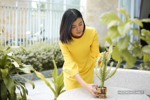 Cuộc sống độc thân của Cao Thái Hà ở biệt thự bảy tỷ đồng