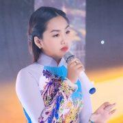 """13 tuổi, Khánh An """"đốn tim"""" khán giả bằng những ca khúc Bolero tình cảm"""