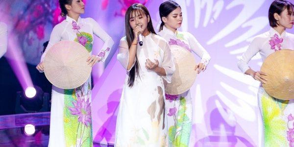 """Khánh An: """"Con muốn dệt giấc mơ của mẹ thay cho lời cám ơn"""""""