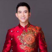 Minh Châu thiết kế áo dài Tết trên nền văn hóa xưa