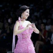 NTK Đức Vincie đấu giá chiếc váy của Mai Phương để hỗ trợ bé Lavie