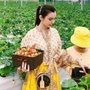 Huỳnh Vy khoe mẹ xinh đẹp như hoa giữa thành phố Đà Lạt