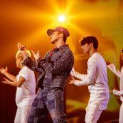 Sơn Tùng M-TP, Trúc Nhân hát cực sung tại Đại tiệc công nghệ hơn 40.000 người xem trực tuyến