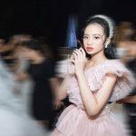 """Mẫu nhí Bảo Hà hoá cô dâu trong BST """"Dear My Princess"""""""