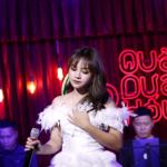 """Khánh An hát """"Thương lắm miền Trung ơi"""" gây quỹ hơn 100 triệu ủng hộ miền Trung"""