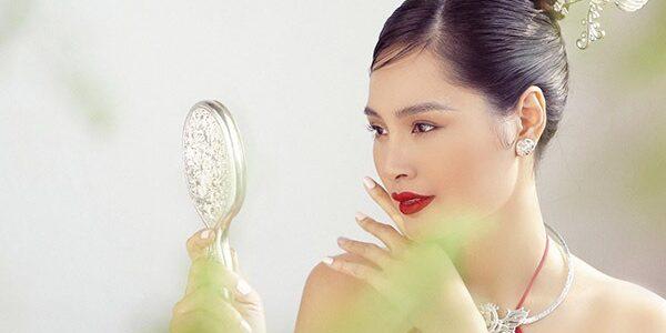 Nhan sắc tuổi 34 của Hoa hậu đẹp nhất châu Á Hương Giang