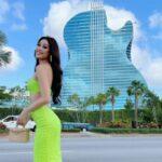 Khách sạn hạng kim cương Khánh Vân ở khi thi Miss Universe