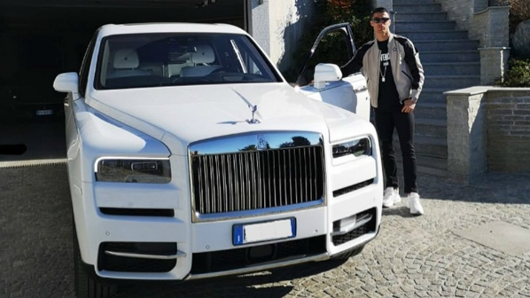 Bộ sưu tập xe của Cristiano Ronaldo trị giá hàng chục triệu USD