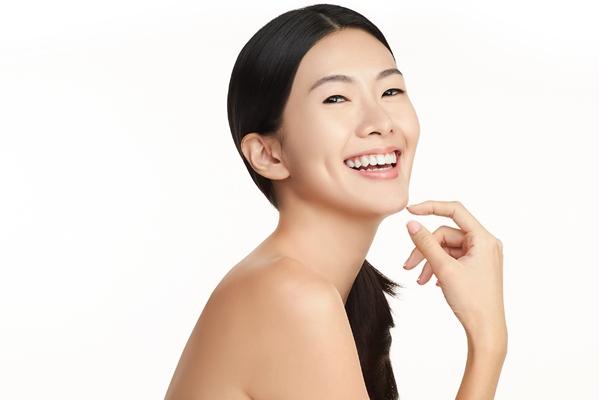 Xóa tan sắc tố da hiệu quả rõ rệt và duy trì lâu dài cùng kèm tế bào gốc đặc trị sắc tố da