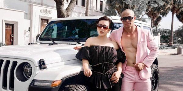 Cặp đôi U50 Phạm Hy – Thu Trang tự tin khoe body gymer khiến giới trẻ trầm trồ