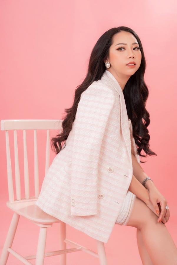 Doanh nhân Bích Ngọc - Bông hồng quyền lực quốc tế sắc vóc ngọt ngào